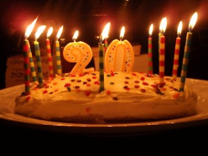 20th_Birthday_Cake_by_ihearttails[1]