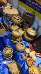 Kerajinan tangan khas Lombok